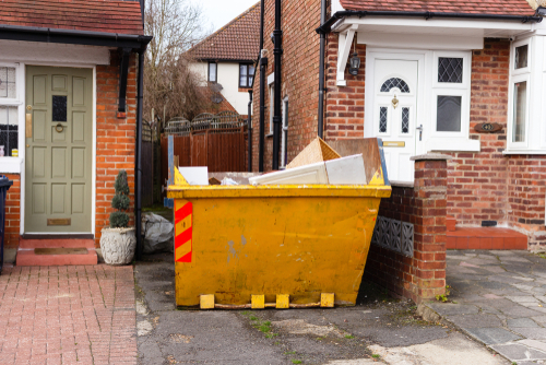Get Rid of Household Trash with Skip Bin Hire Adelaide Services article image by Easy Skips