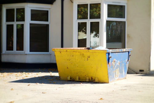 Rubbish Removal and Bin Hire Services in Southern Suburbs Services article image by Easy Skips