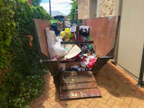 How Useful are Rubbish Removal Services in Adelaide? article image by Easy Skips