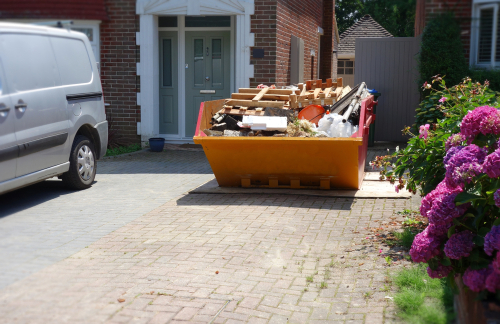 What Types of Items Can You Not Put in Skip Bins Adelaide? article image by Easy Skips